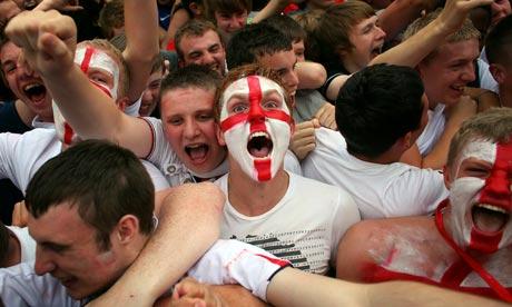 England-fans-celebrate-af-006